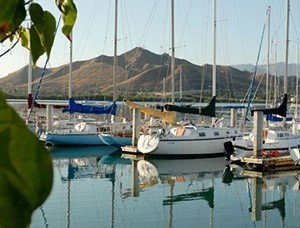 Kaneohe Bay Beach Cottages and Campsites